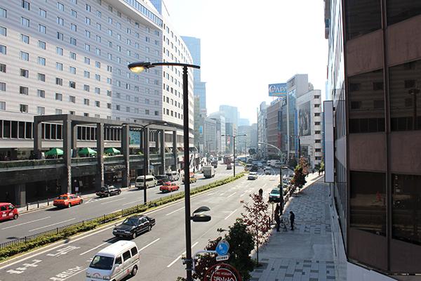 「赤坂見附駅」より徒歩1分